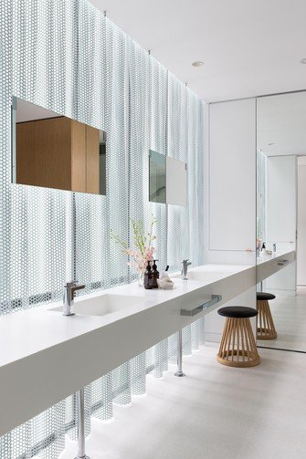 Feature - Bathrooms